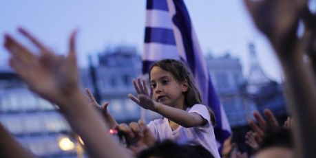 http://avaaz_images.s3.amazonaws.com/1597_greek%20girl_1_459x230.png